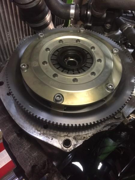 Super leichtes Schwungrad Schwungscheibe mit Kupplungskit organisch RCS184 für 02A Getriebe