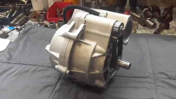 Rundstreckenlader G60 mit Motorsportverdränger RS bearbeitet mit angelieferten Teilen