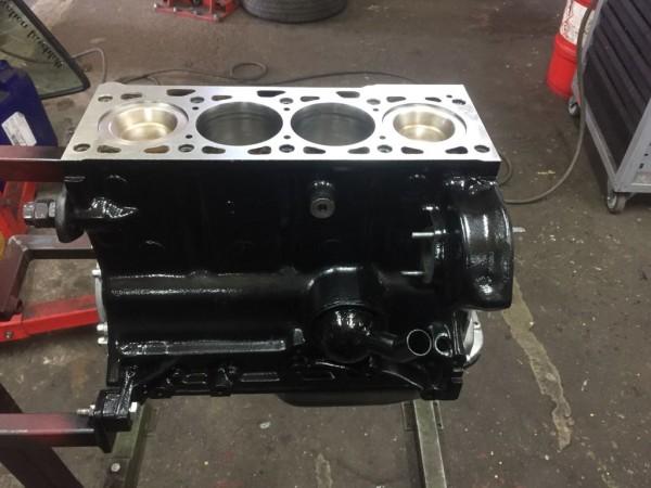 Polo G40 Tauschmotorblock PY ohne Zylinderkopf